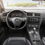 De vernieuwde Volkswagen Golf   Autocentrum Douwe de Beer